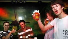KHN tegen oproep verhogen leeftijdsgrens alcohol