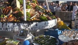 Gigantisch fruit de mer op ss Rotterdam