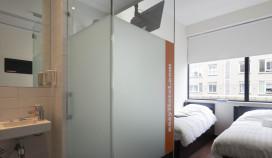Eerste kamer Easyhotel Amsterdam opgeleverd