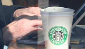 Starbucks gaat strijd aan met 'zittenblijvers