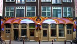 Bavaria in Amsterdam: guerrillacafé in 'homostraat
