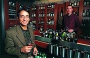 En Verre: trendy wijnbar in Rotterdams pakhuis