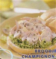 Broodje champignon-ananassalade