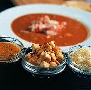 Bouillabaisse met rouille en croutons