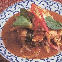 Kai bai teuy (Thais, met kipfilet)