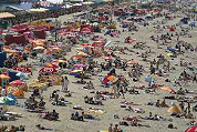 Het strand als zomers lifestyle-festival