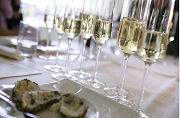 Trend: Champagne bij de maaltijd