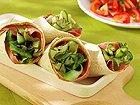 Wraps met gegrilde komkommerlinten en pastrami