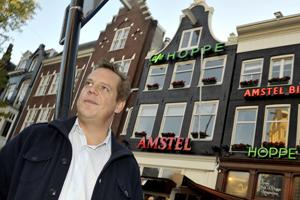 Twist om naamgenoten café Hoppe geschikt