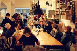 Amsterdam verbiedt horeca in retail