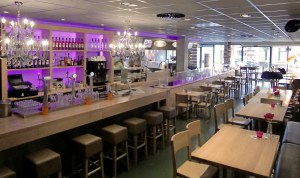 Cafetaria Top 100 2014 nummer 17: Kwalitaria 't Luifeltje, Burgum