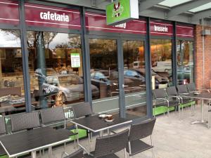Cafetaria Top 100 2014 nummer 28: Family Beverwijk, Beverwijk