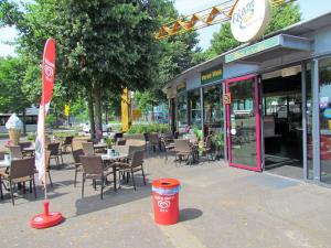 Cafetaria Top 100 2014 nummer 74: Plaza De Komeet, Uden