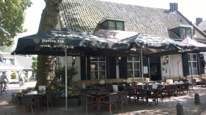 Café Top 100 2015 nr. 66: De Zwijger, Houten