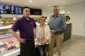 Foto's vernieuwde Cafetaria De Ridder