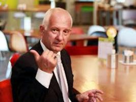 Verheij: 'Overnemen cateringmedewerkers ter discussie