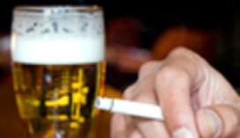 Tilburgs café experimenteert met rookvrije zone op terras