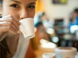 Driekwart koffie buitenshuis geconsumeerd op het werk