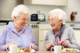 Inspanningsfysioloog informeert cliënten Vitalis over voeding
