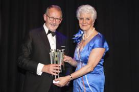Hans Rijnierse wint 'eigen' Veneca-award