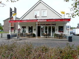 Cafetaria Top 100 2014 nummer 98: 't Middelpunt, Emmer-Compascuum