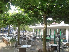Cafetaria Top 100 2014 nummer 90: Family Kerkplein, Heemskerk