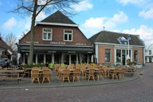 Eethuys de LindDe Lind 79 5061 HV Oisterwijk www.eethuysdelind.nl