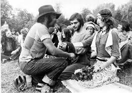 Caféhouders trekken gasten met muziek uit jaren '60, '70 en '80