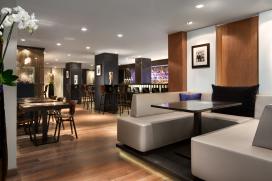 Foto's nieuwe Hilton bar Spark