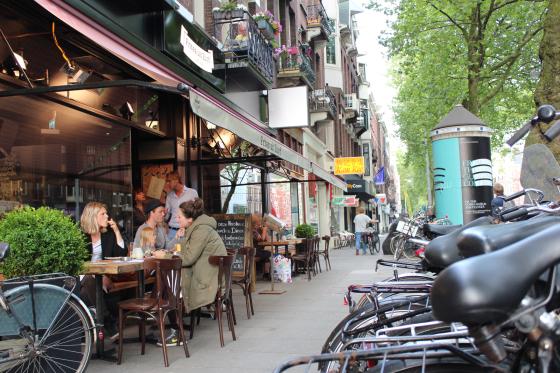 Tassenzaak Amsterdam : Foto s nieuwe zaak frites uit zuyd