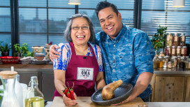 Tv-kok Danny Jansen op zoek naar geheime Indonesische recepten