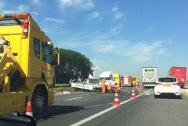 Snackwagen total loss op A15