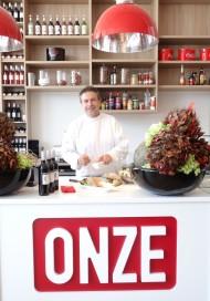 Chef-Kok Vijverberg opent restaurant op De Beverwijkse Bazaar