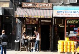 Klanten helpen Pommes Frites