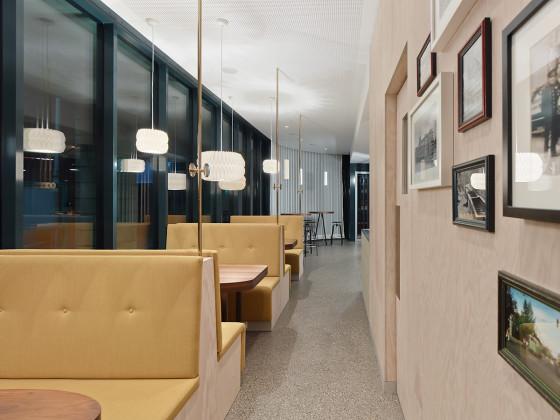 P915 cafe pause ippolito fleitz group 10 web 560x420