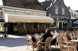 Overdag Café Joris, 's avonds Bar Boris