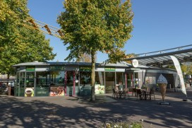Cafetaria Top 100 2015-2016 nummer 88: Plaza De KoMeet, Uden