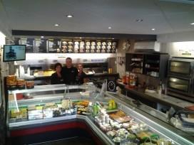 Cafetaria Top 100 2015-2016 nummer 12: AnyTyme Marktzicht, Born