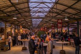 Foto's YadaYada: nieuwe indoor foodmarkt