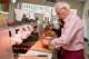 Maurits en marjan aan het werk broodjeszaak sal meijer 8602 80x53