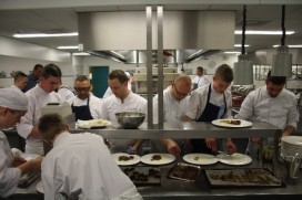 Topkoks bereiden KiKa-Diner in Zadkine Rotterdam