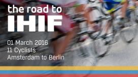 Hotello's fietsen naar Berlijn voor goede doel