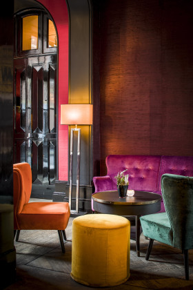 Lounge detail 280x420