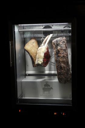 Zutphen meat 25 280x420