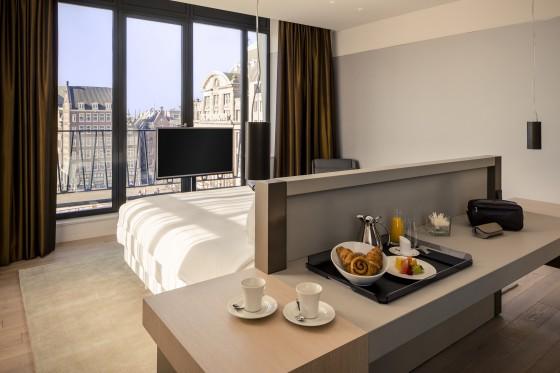 202988 nhcgh krasnapolsky royal suite bedroom 531326 original 1459967519 560x373
