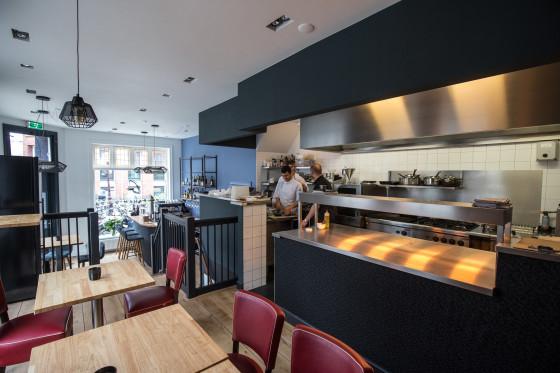 Grahams kitchen 2566 560x373