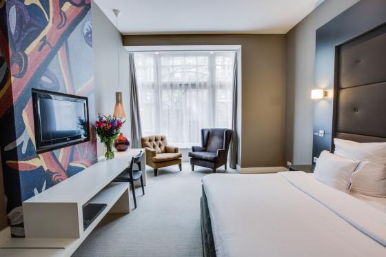 Hotel jlno76 room101 6 booking.com  560x373