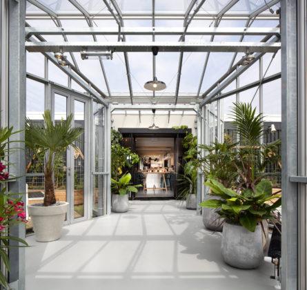 01 zoku greenhouse 445x420