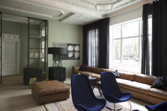 Spread hotel blue by archutowski 06 560x373