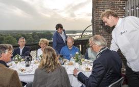 Restaurant Boas biedt dineren op de kerktoren in Deventer